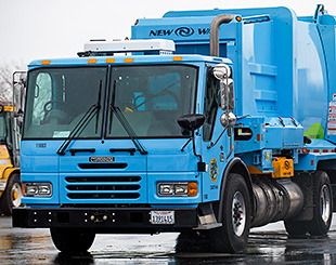 Video thumbnail for Liquefied Natural Gas Allows for Cleaner Refuse Collection in Sacramento