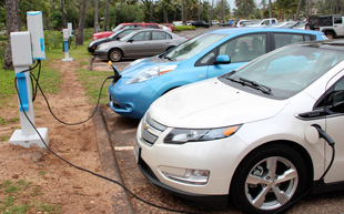 Video thumbnail for Plug-In Vehicles to Harness Renewable Energy in Hawaii