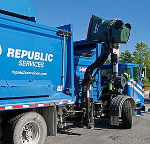 Video thumbnail for Republic Services Reduces Waste with 87 CNG Vehicles